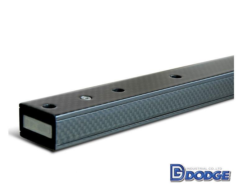 碳纖維局部結構上下加強型牙叉